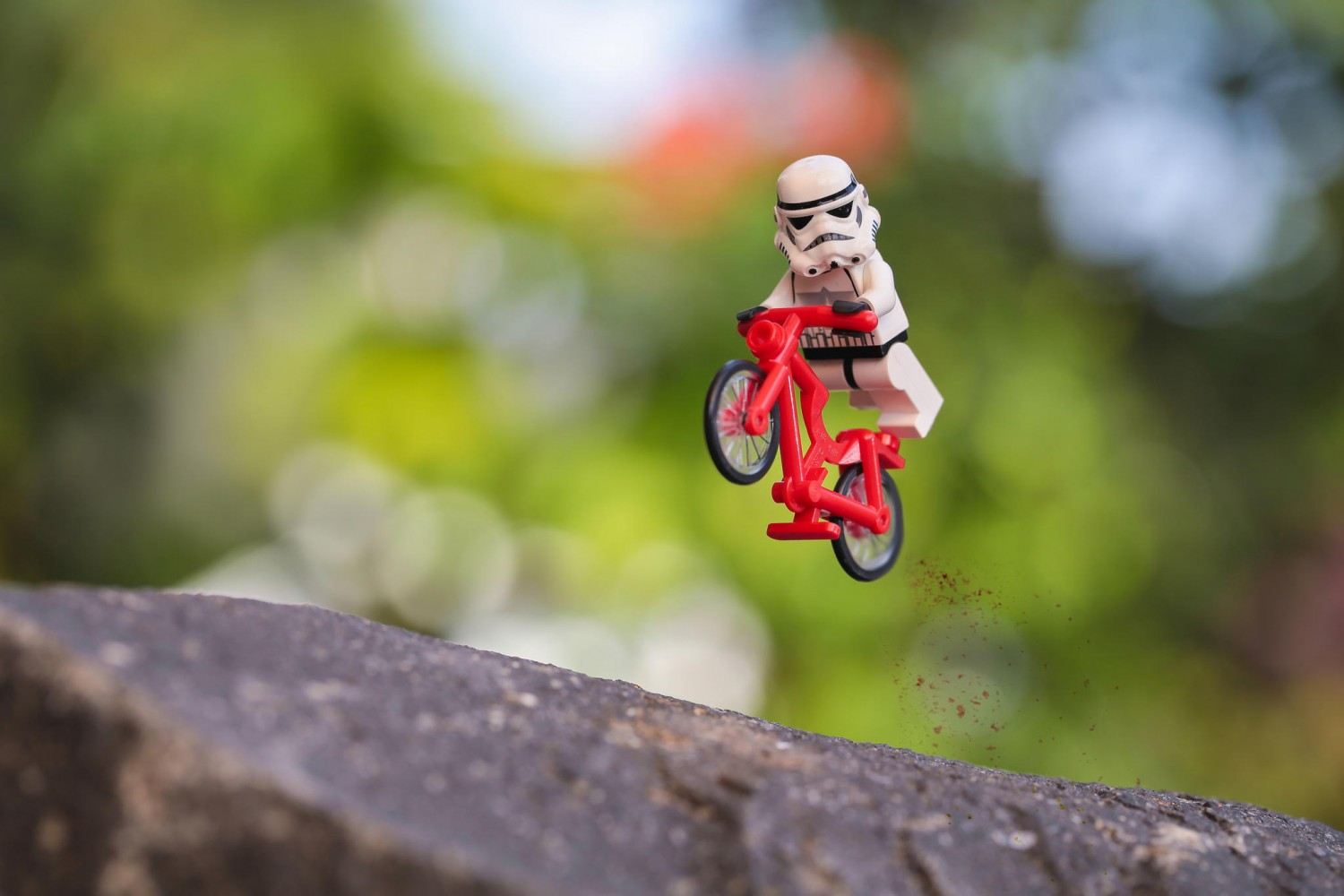 48 Photos Of Stormtroopers Doing Awesome Things