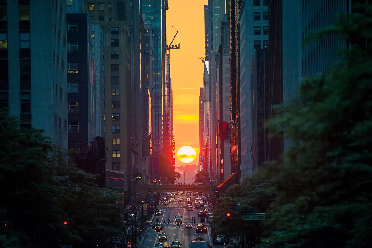 Photo Challenge: Don't Miss Out On The Manhattanhenge