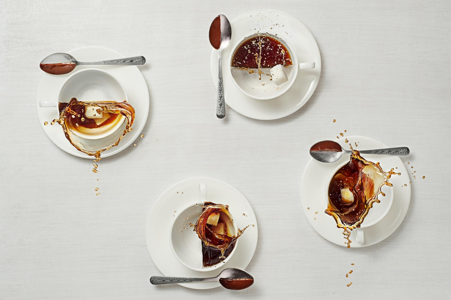 How To Bring Coffee To Life With Half-Splash Photography
