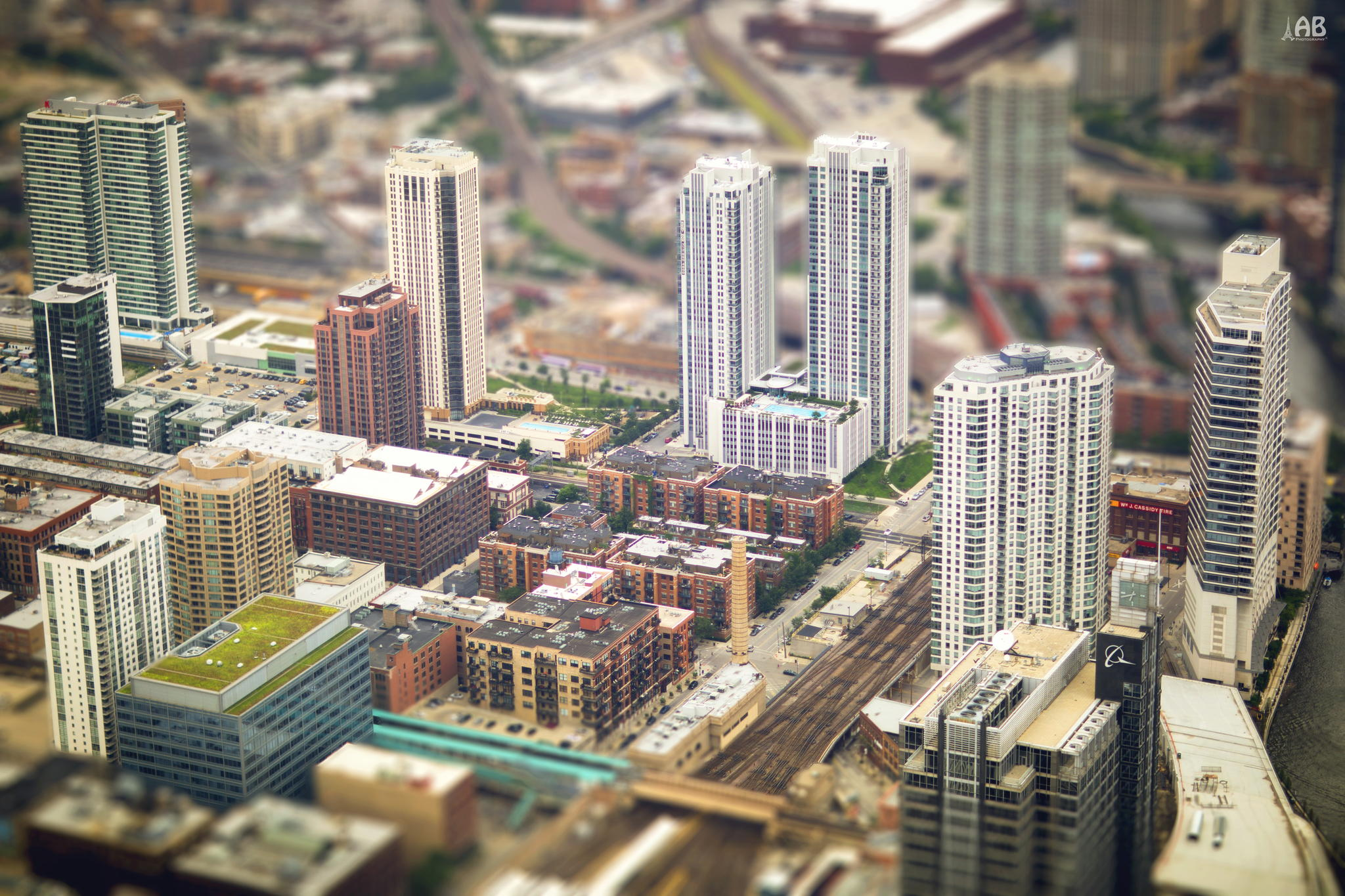 How To Create A Fake Tilt-Shift Effect On Your Images