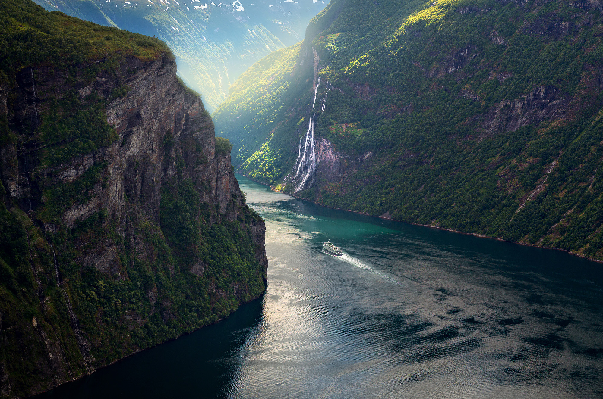 15 Dreamy Photographs Reveal Norway's Best-Kept Secret
