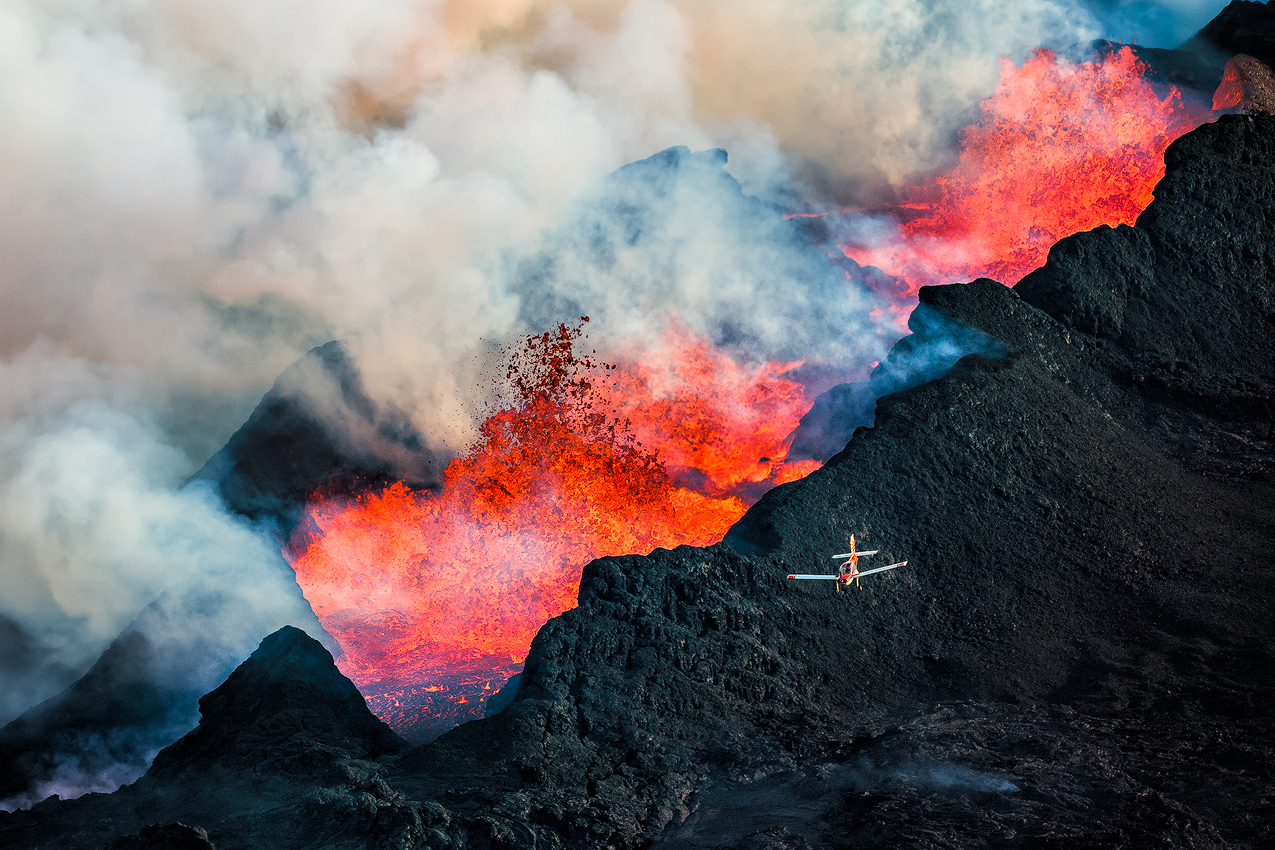 These Jaw-Dropping Photos Capture An Erupting Volcano In Iceland Up Close
