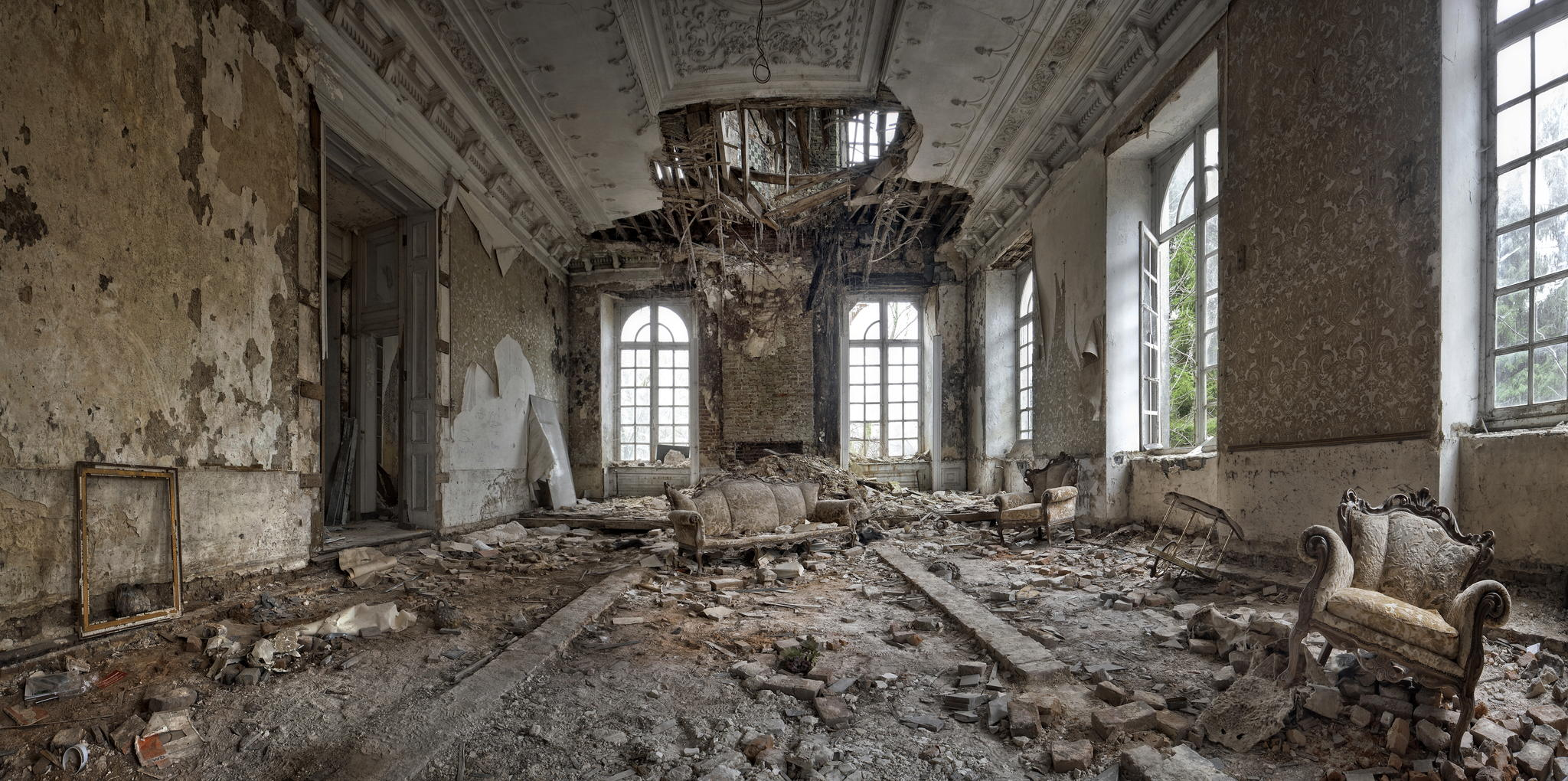 29 Spooky Abandoned Spaces That Will Give You Goosebumps