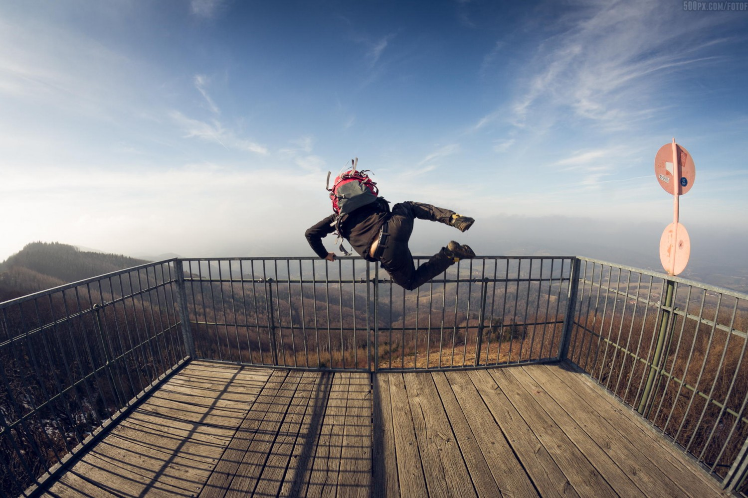 Weekly Contest: 29 Action-Packed Jumping Photos + New Blue Hour Theme