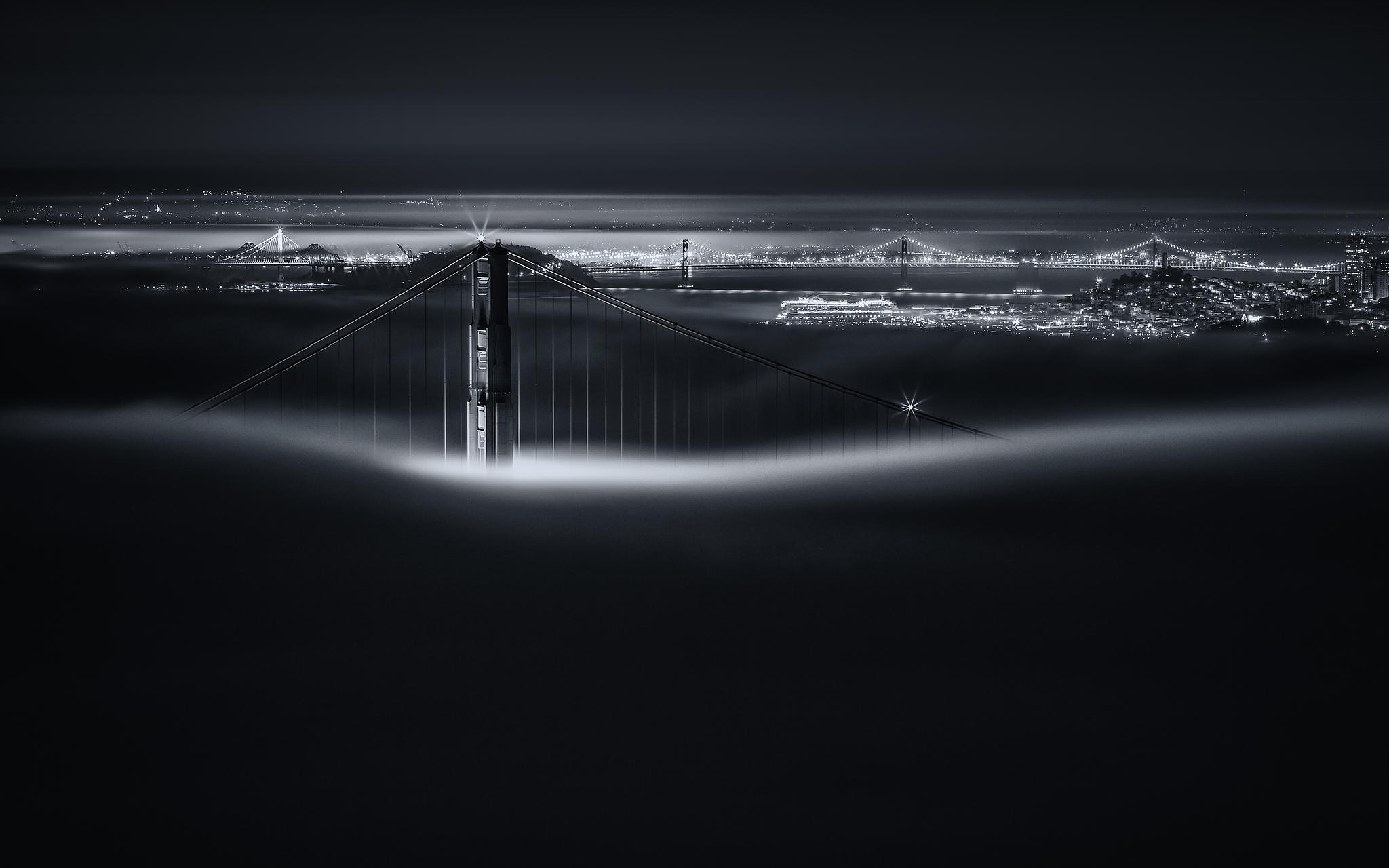 Dark and Gripping Time-Lapse Captures San Francisco Like You've Never Seen it Before