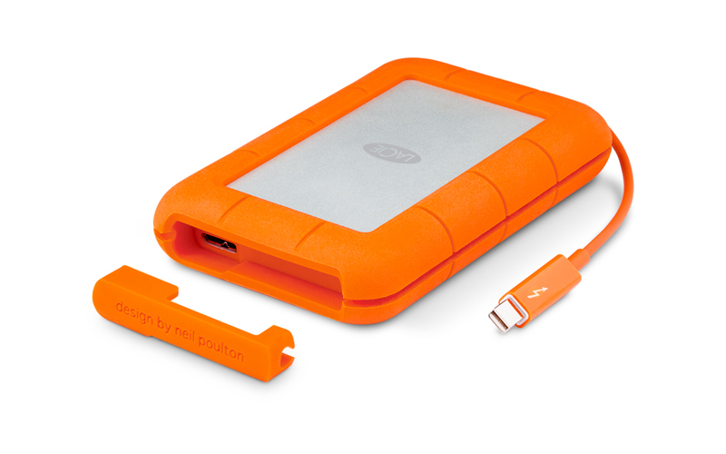 The built in Thunderbolt cable and protective cover.