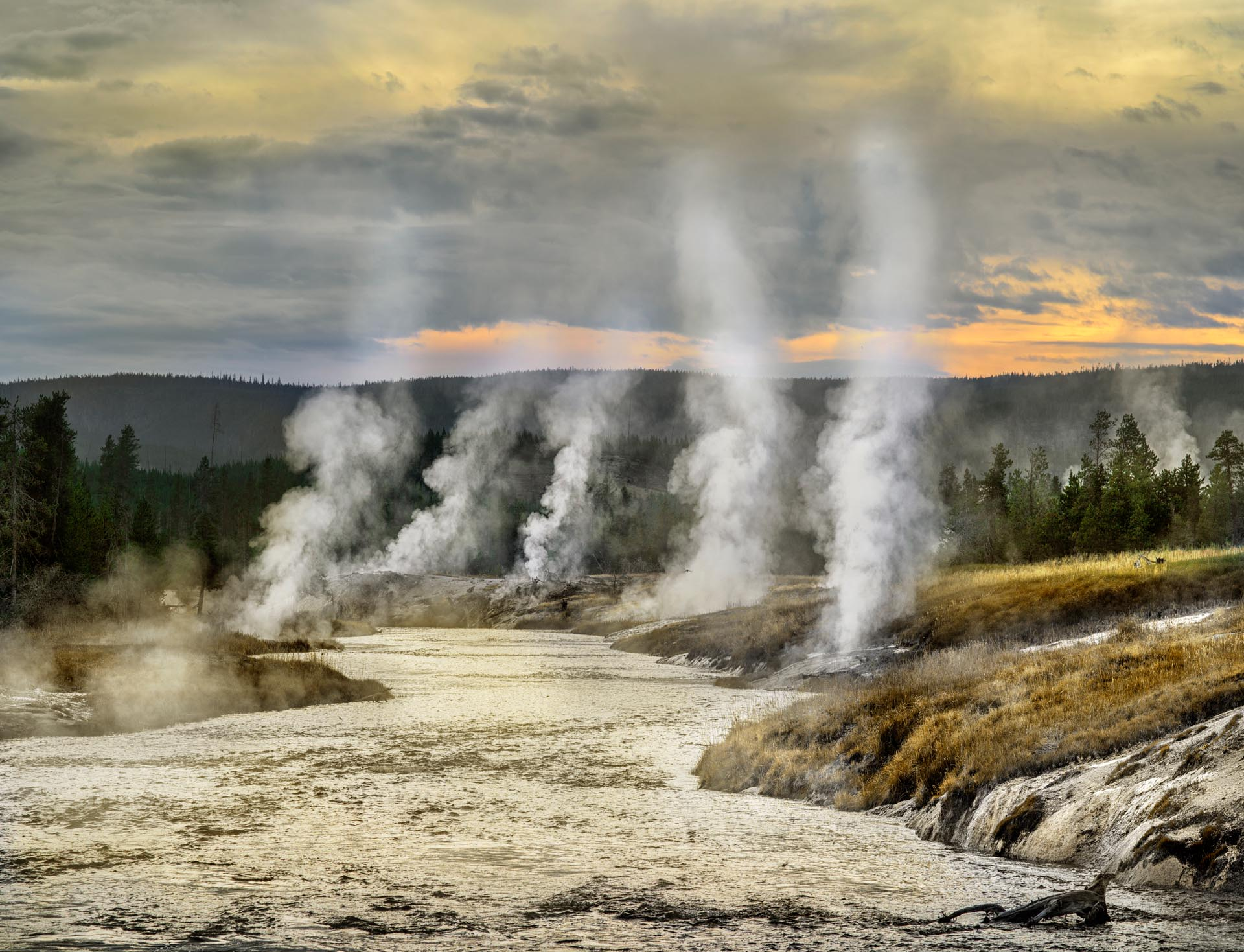 Geothermal fumaroles near Old Faithful area, Yellowstone National Park