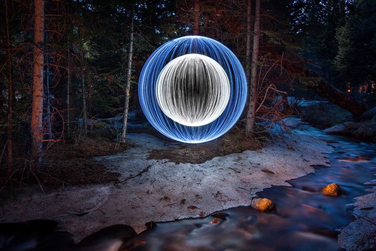 Tutorial: Learn How to Paint Perfect Spheres of Light Into Your Night Shots