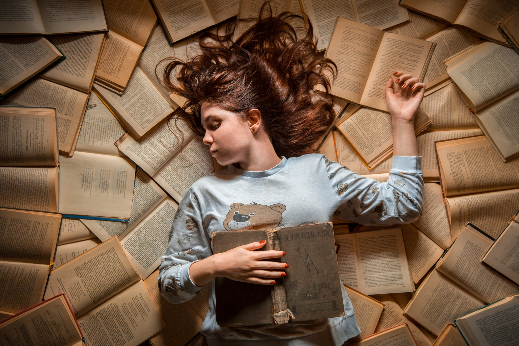 An Ode to Books: 44 Photos that Will Feed a Book Lover's Soul