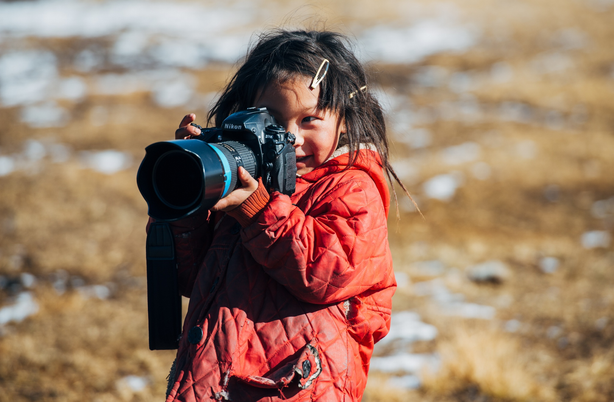 35 Adorable Photographers-In-Training That'll Melt Your Heart