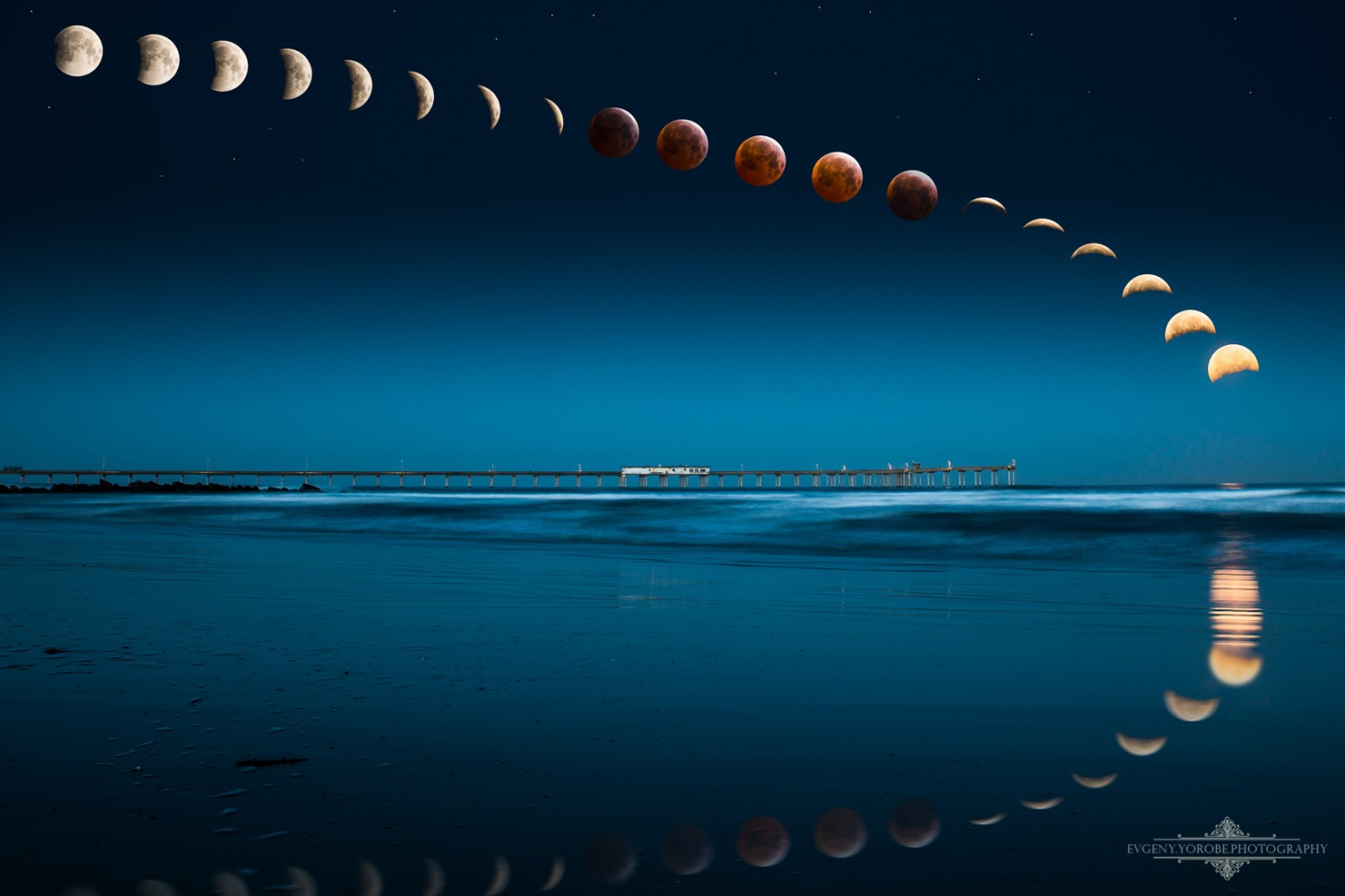 30 Fantastic Photos of the April 4th Blood Moon