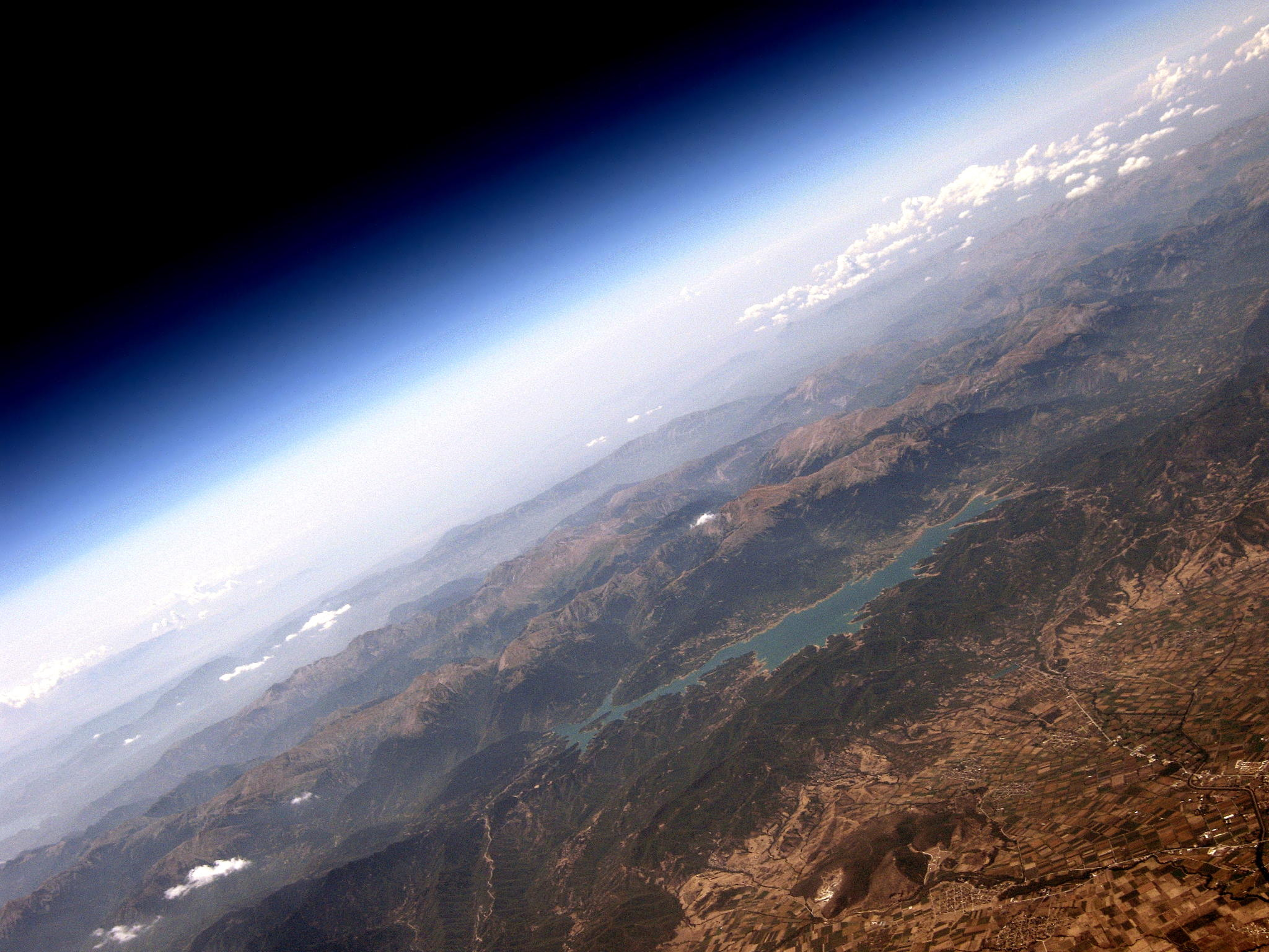 Photographing Earth from the Edge of Space... On a Budget