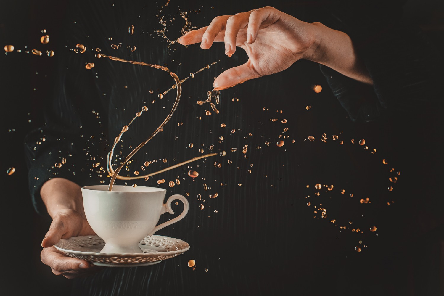 Defying Gravity: How to Shoot 'Twisted' Coffee Splashes