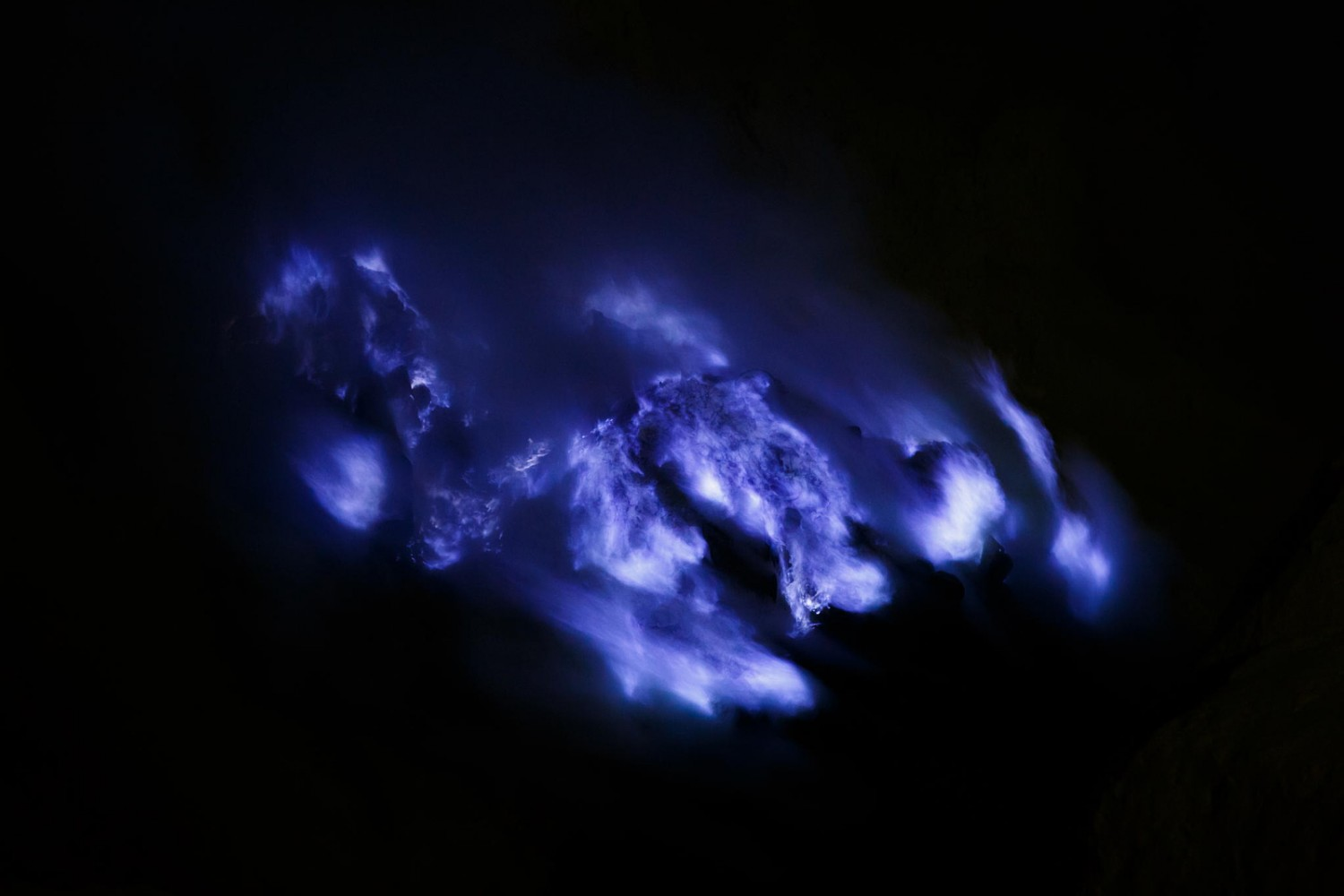 Photos of Incredible Blue 'Lava' Flowing Down the Kawah Ijen Volcano