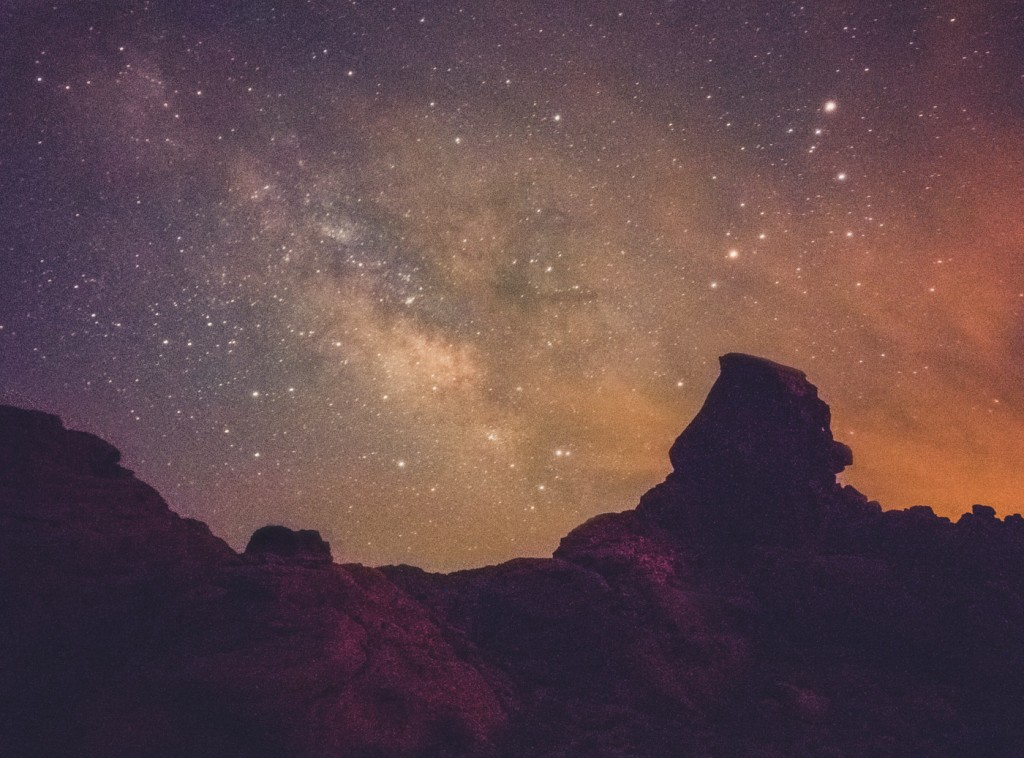 Milky Way from Valley of Fire, NV, OnePlus One, 32s, f/2, ISO 3200, Stack of 4 RAW frames