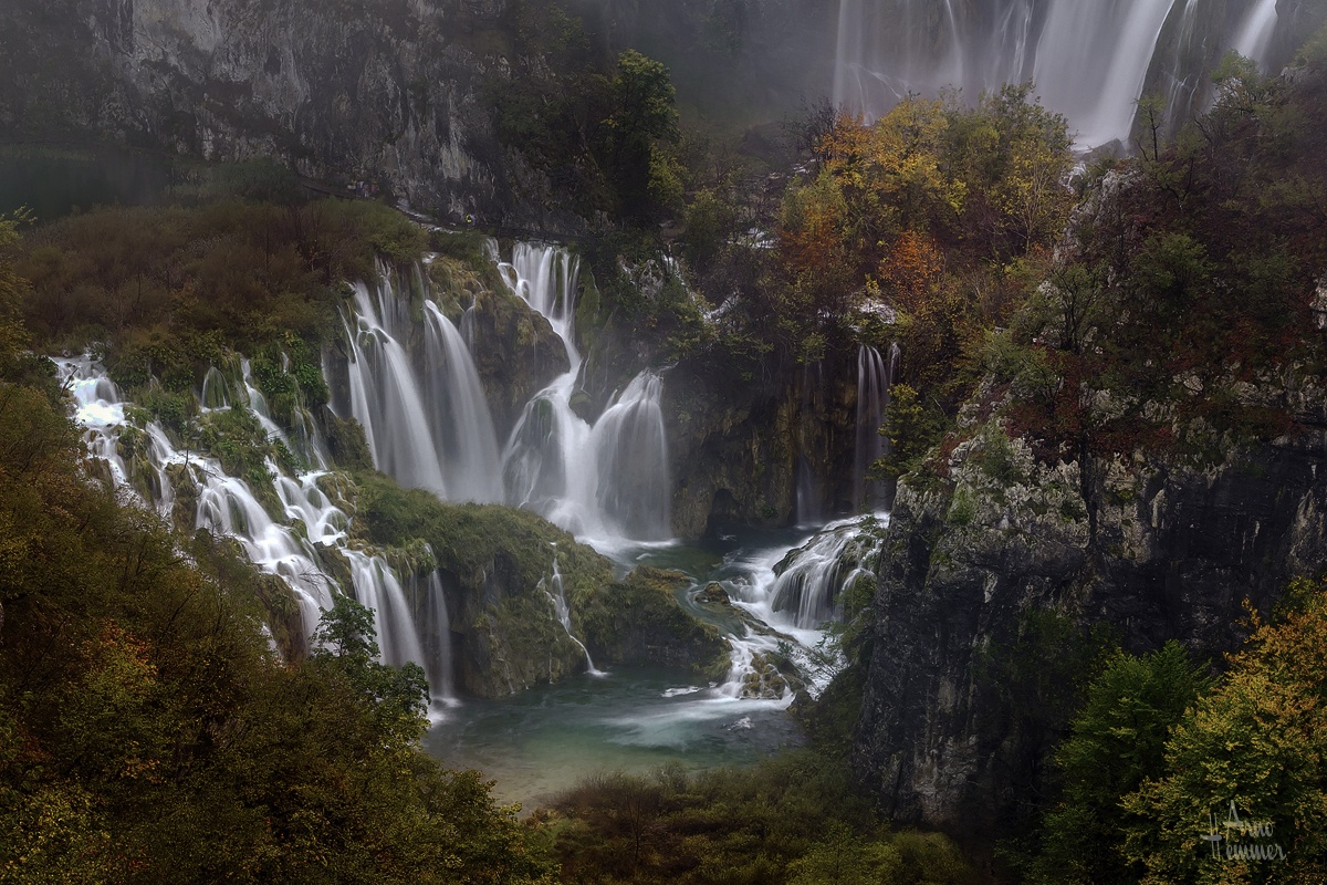 25 Waterfalls Every Photo Lover Should Visit Before They Die