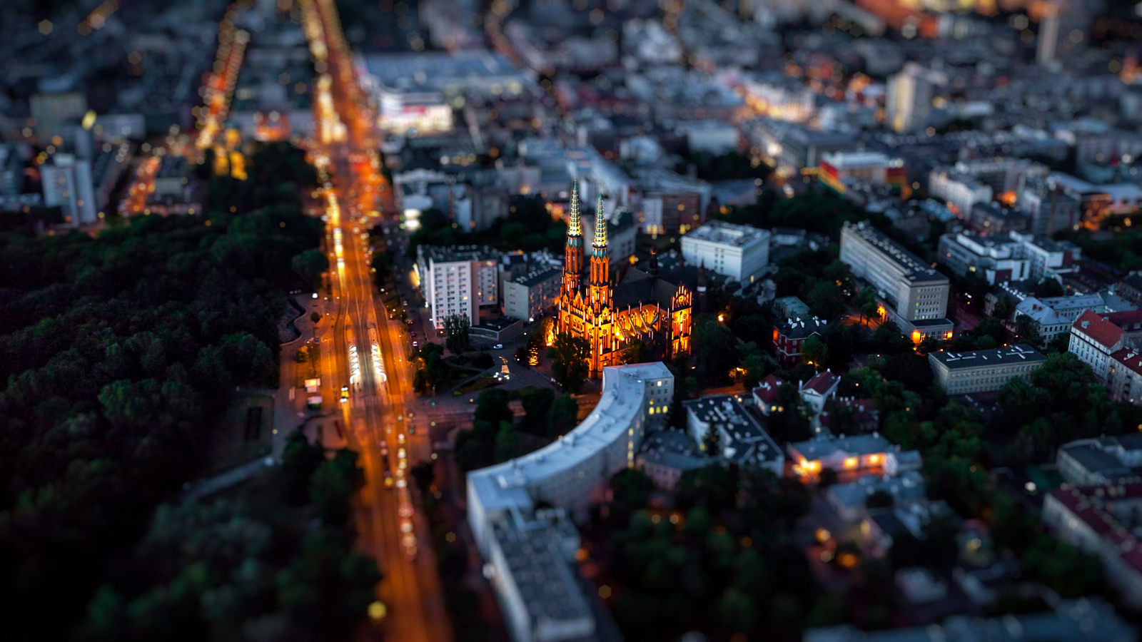 Making Huge Things Look Tiny: 25 Great Selective Focus Shots