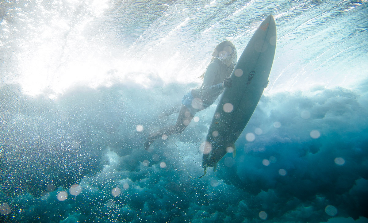 21 Sick Surfing Shots to Get You Over the Mid-Week Hump