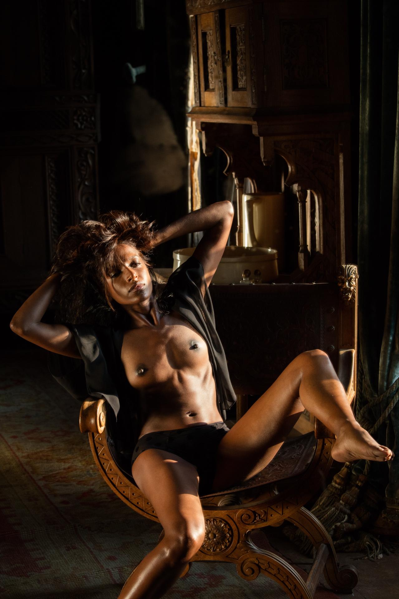 Nude photoshoot - COOPH_Greg_Gorman_008