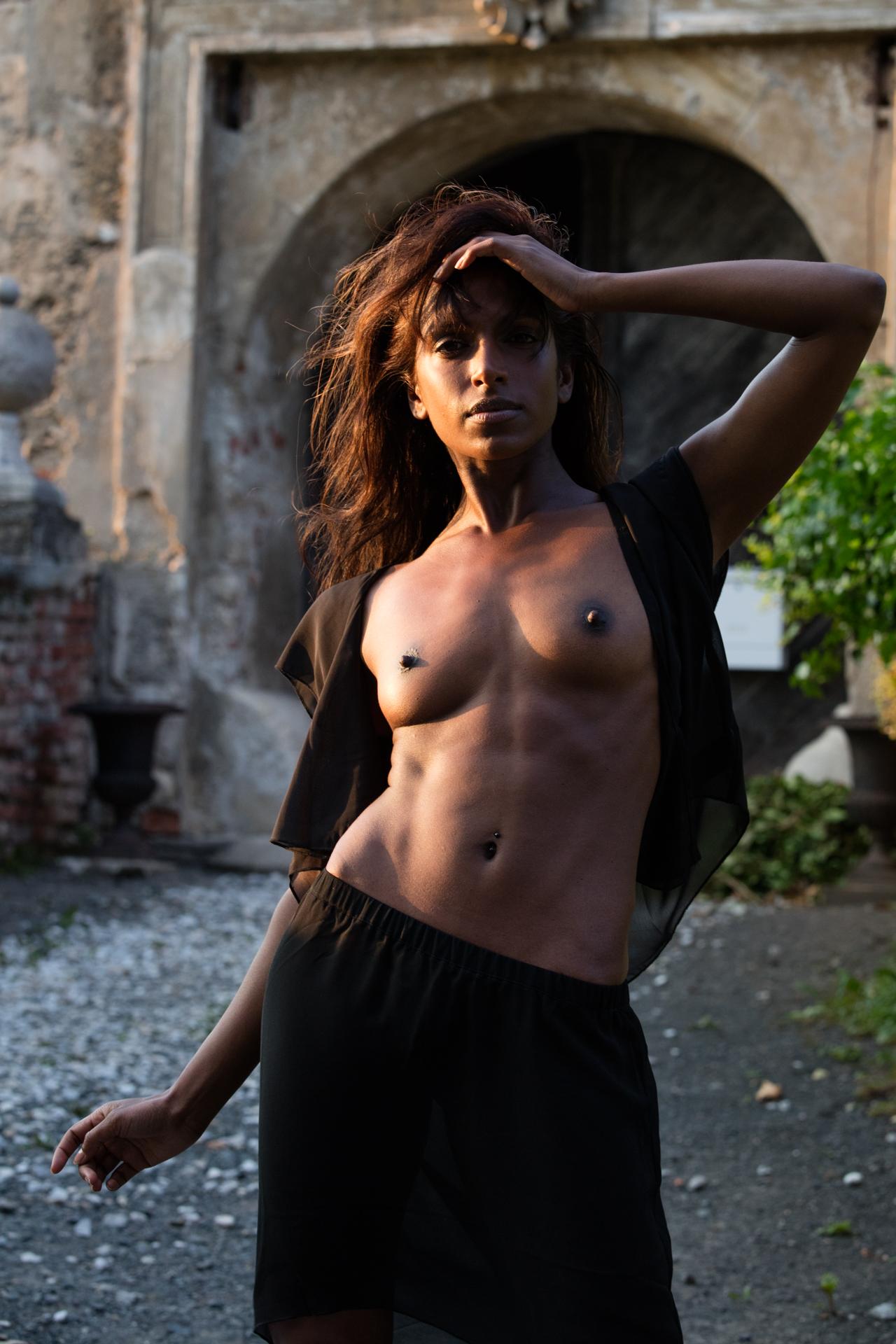 Nude photoshoot - COOPH_Greg_Gorman_009