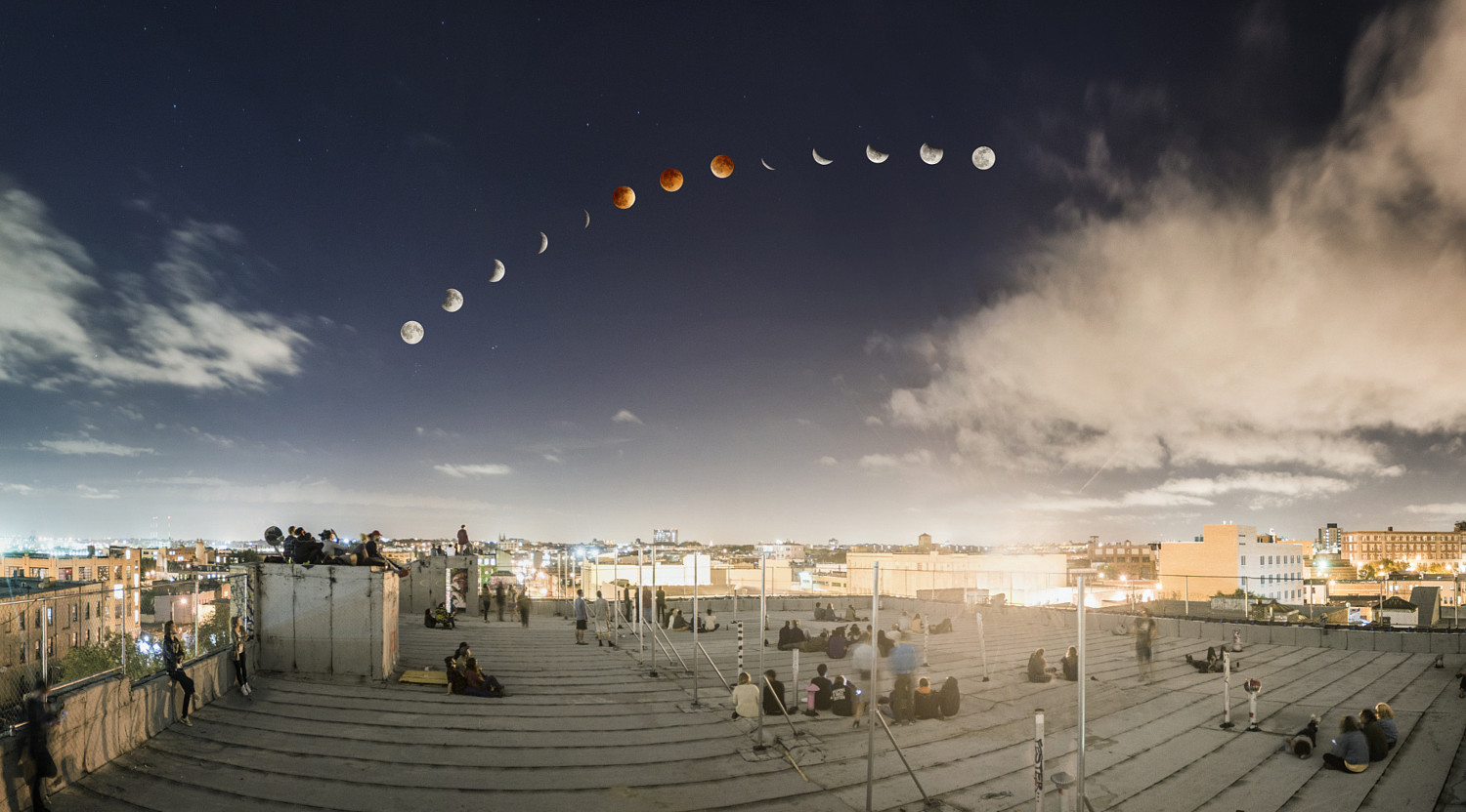 This is How Our Favorite Super Blood Moon Photo Was Shot & Edited