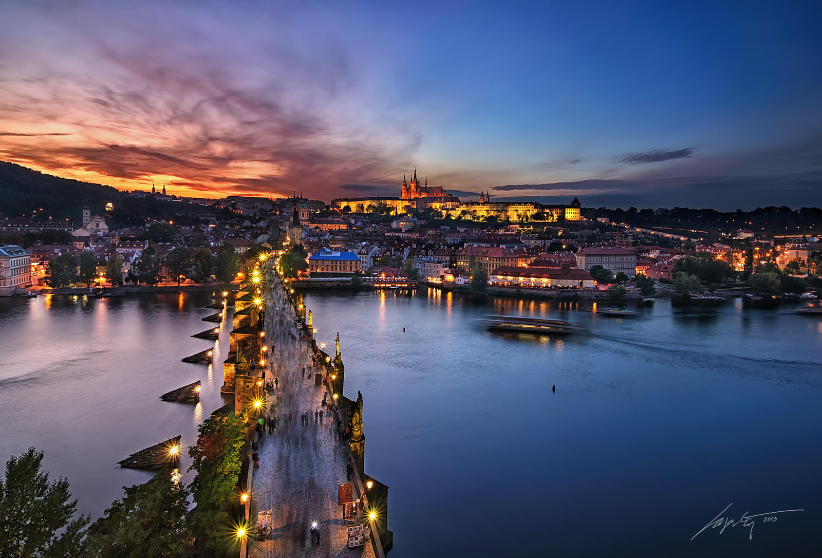 Discover Prague: A Stunning Photo Tour of The City of a Hundred Spires