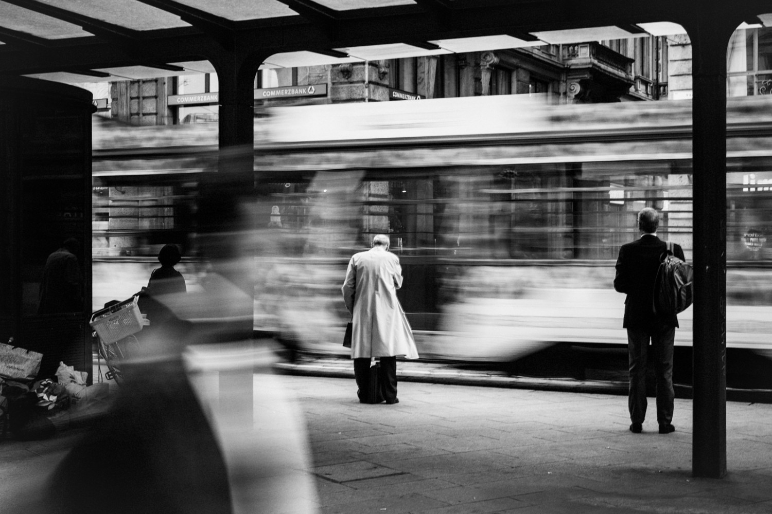 A Simple Secret to Better Street Photography - 500px Blog
