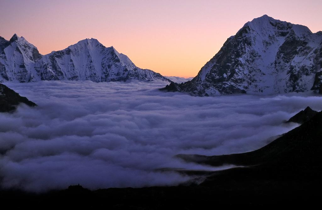 Khumbu-fog-1024