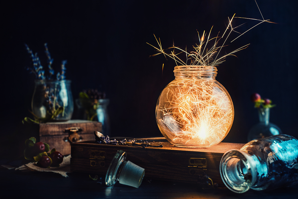 500px ISO » Beautiful Photography, Incredible Stories » Tutorial ...: iso.500px.com/tutorial-how-to-shoot-a-fiery-festive-still-life...