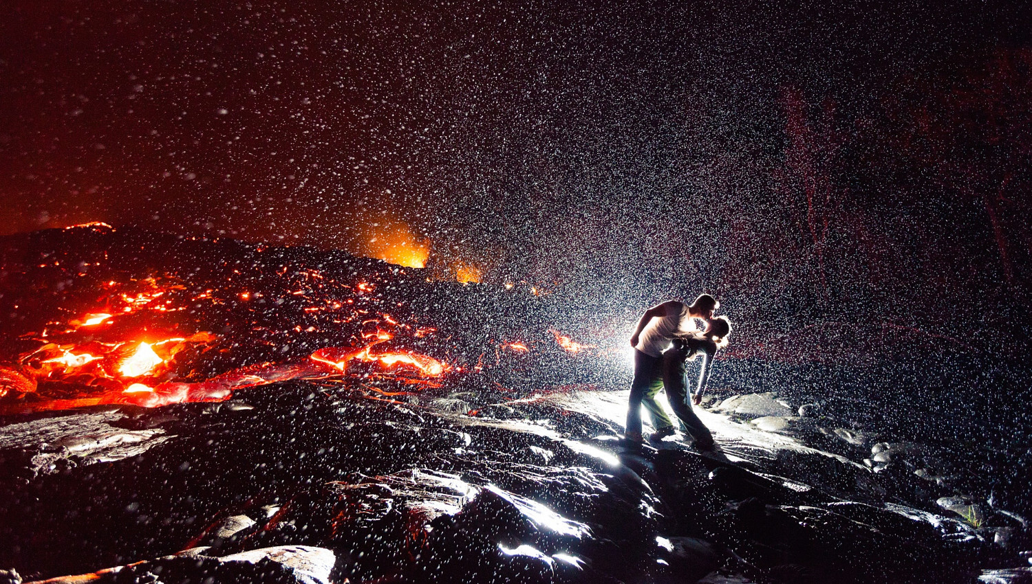 The Story Behind 'The Hottest Kiss in the World' Photo