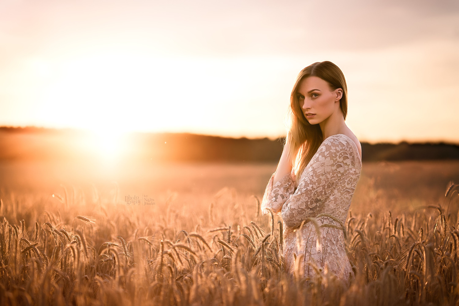 The Story Behind these Simple & Stunning Natural Light Portraits