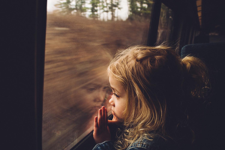 21 Poignant Portraits Captured in Train Windows