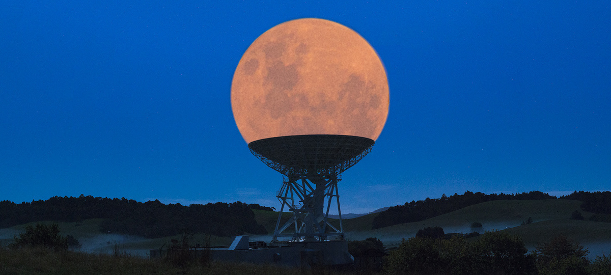 The Supermoon Composite that Went Viral... Without Credit
