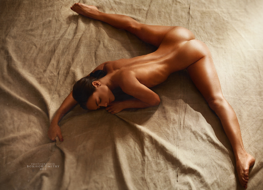 Best of 2015: Top 10 Nude Photos (NSFW)