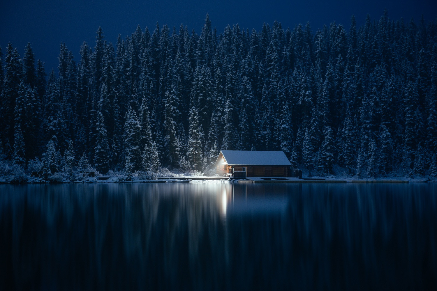 21 Cozy Winter Cabins to Escape to at the End of the Day