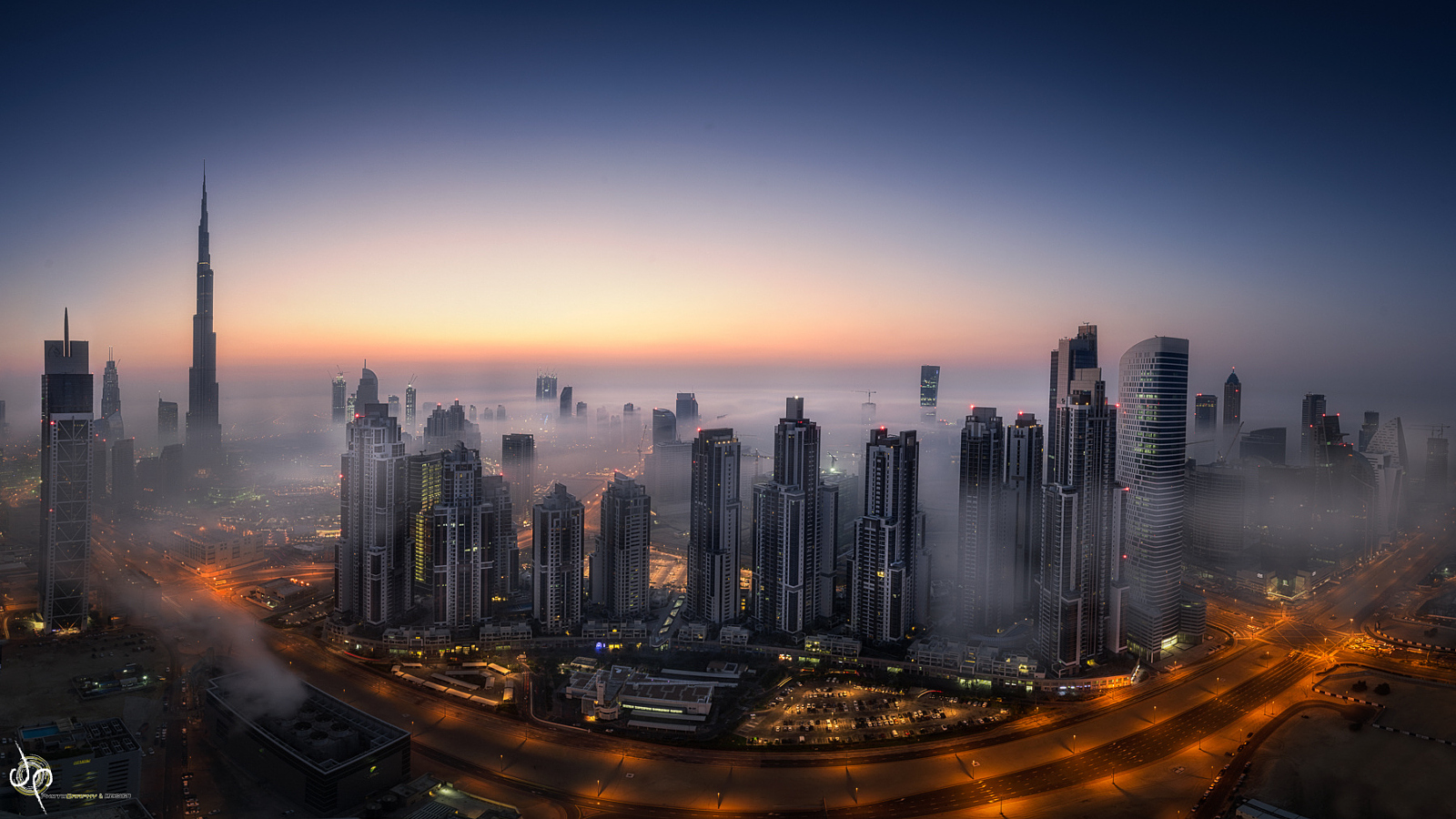 Dubai in the Fog, Two Stories