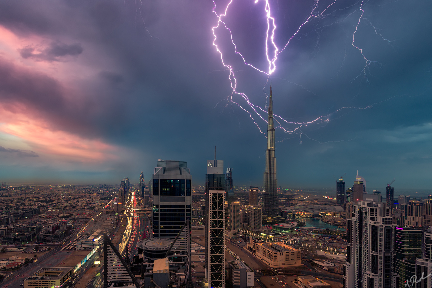 How I Shot this Crazy Photo of Lightning Striking the Burj Khalifa