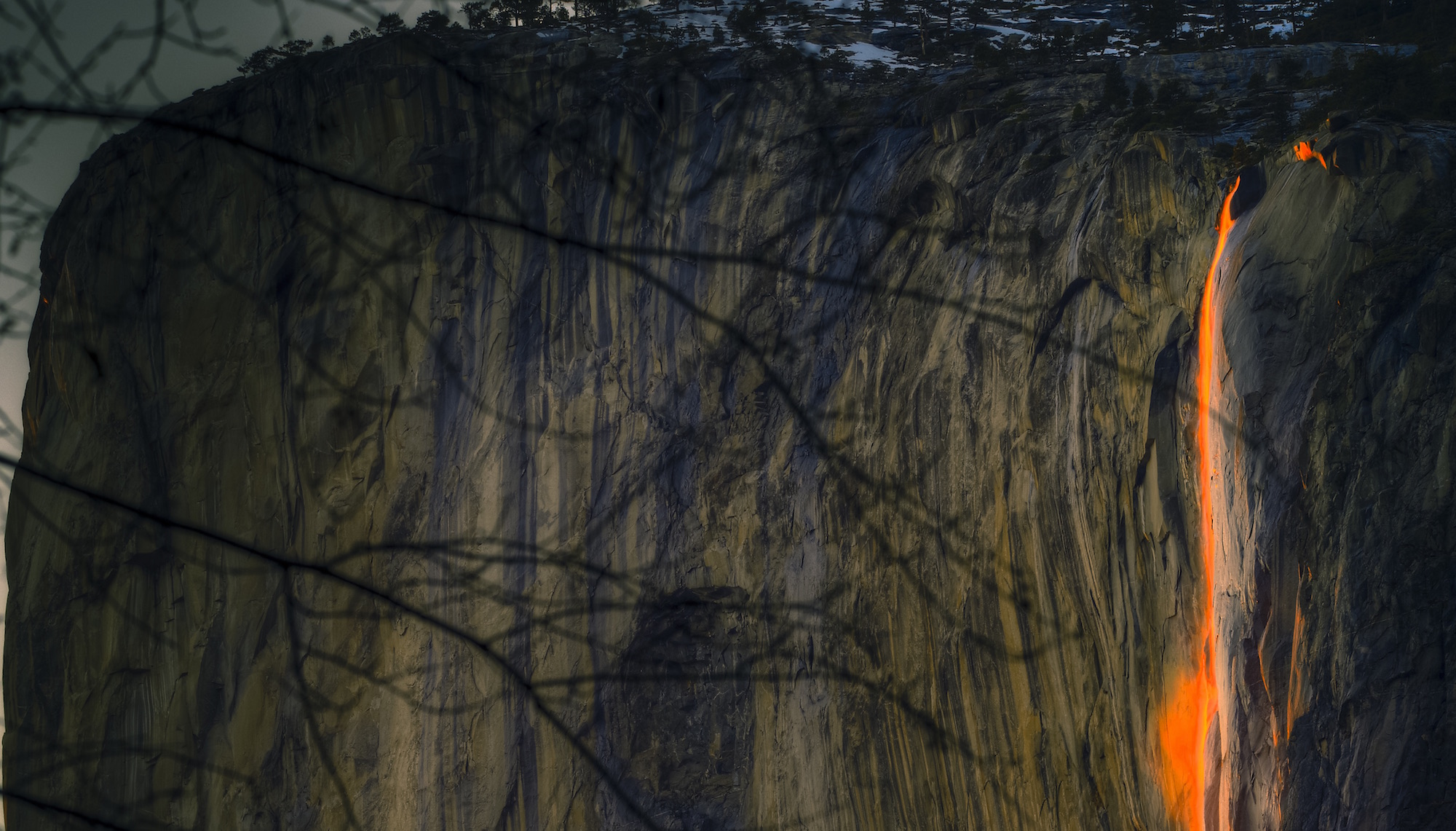What It's Like Shooting the Iconic Yosemite 'Firefall'