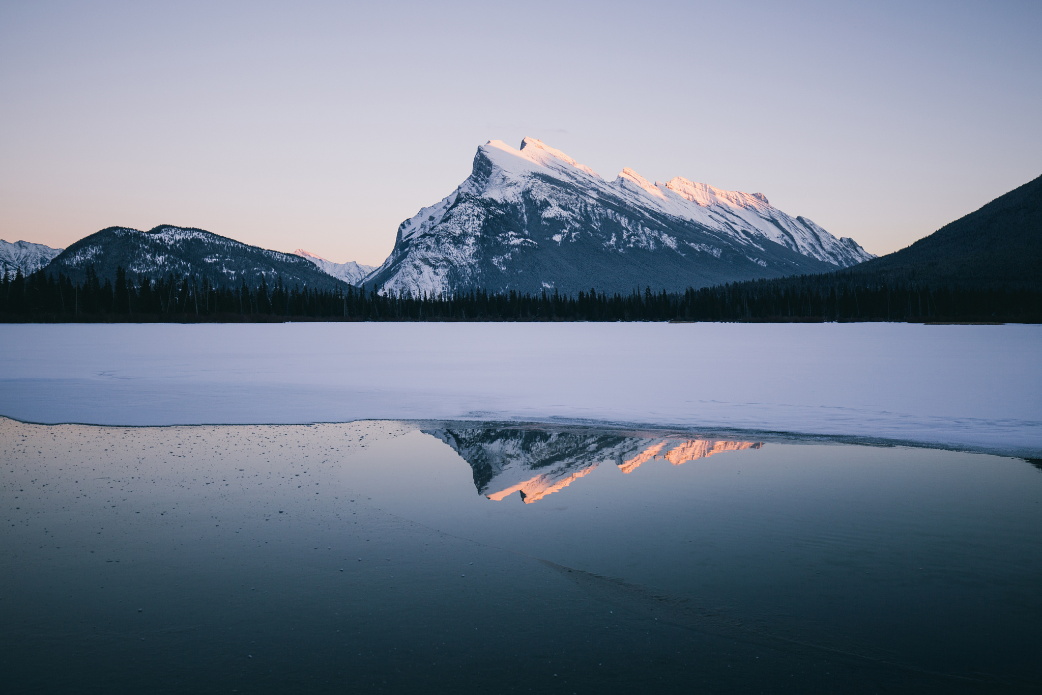 The Story Behind this Must-See Shot of the Canadian Rockies