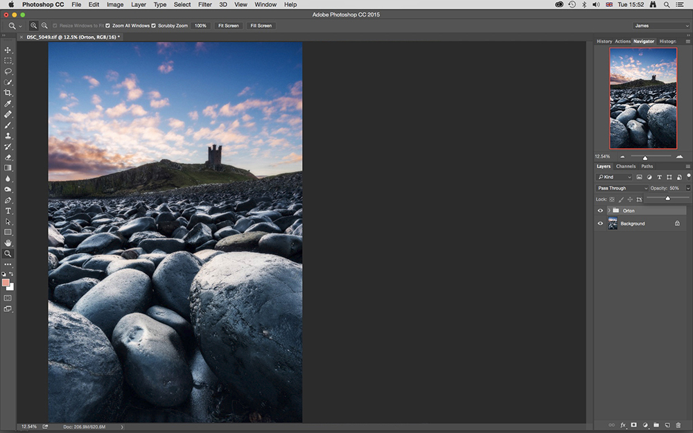 Photoshop Trick: Use Delicate Blur to Enhance Sharp Details