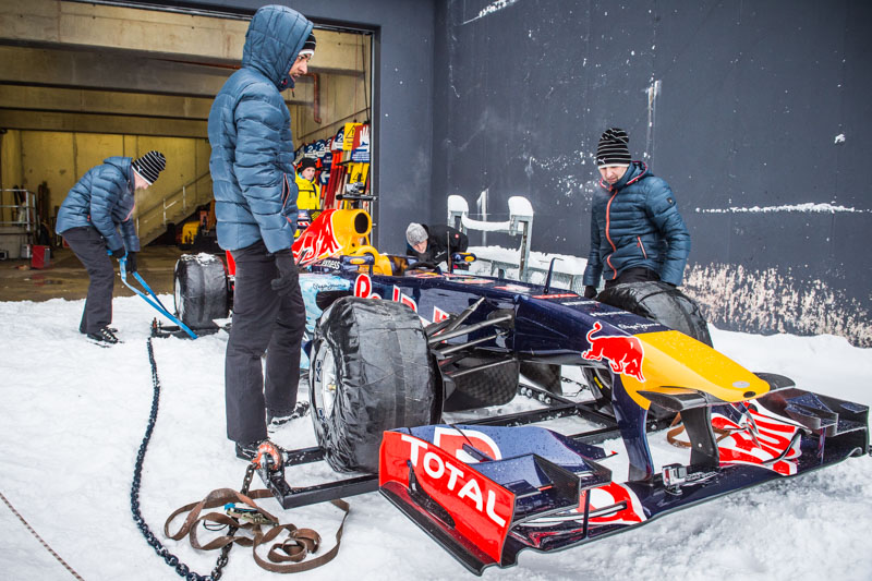 The Crew prepares the F1 Race Car for the Showrun at the Hahnenkamm in Kitzbuehel, Austria on Jannuary 12, 2016.