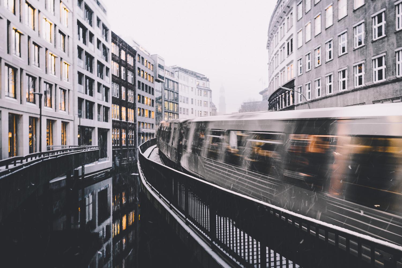 6 Spectacular Street Photos Around the World