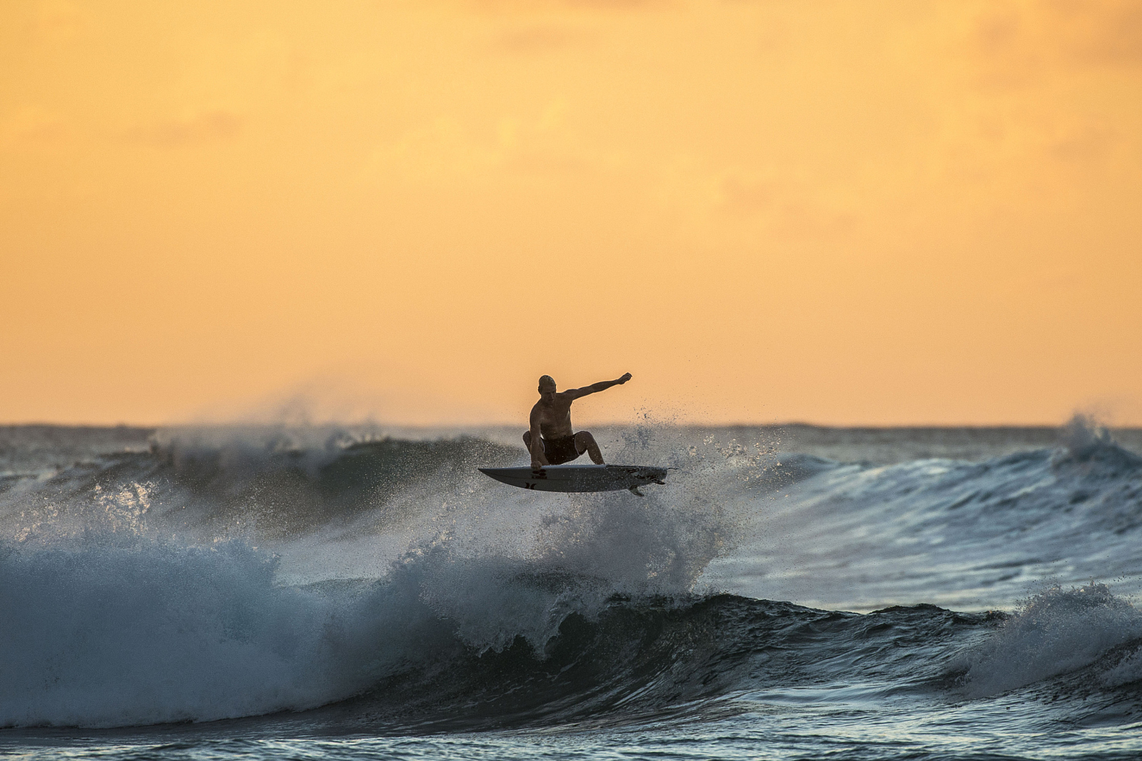 25 Wild Action Sports Photos Shot During Golden Hour