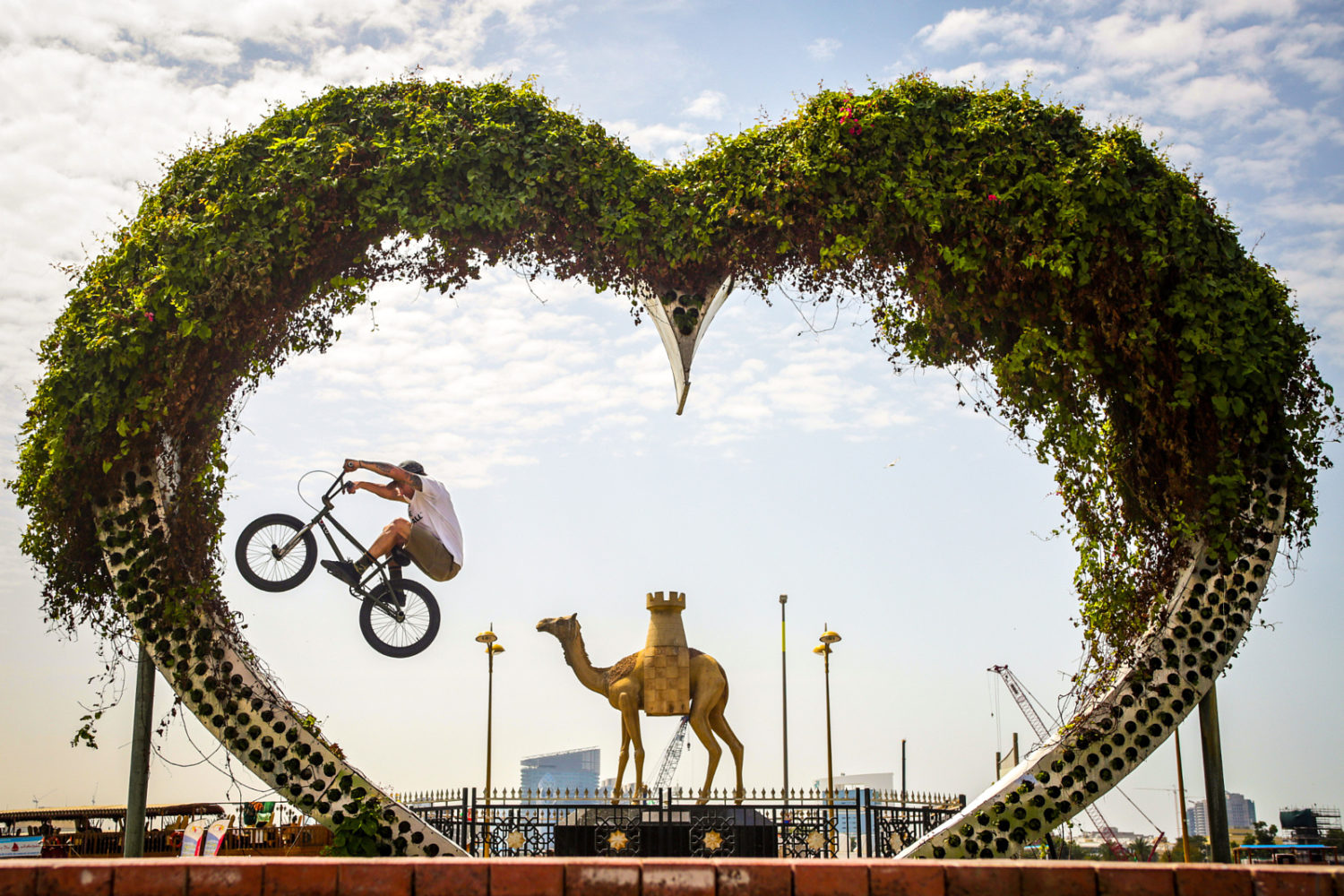 26 Epic Action Photos Shot In Cities Around the World