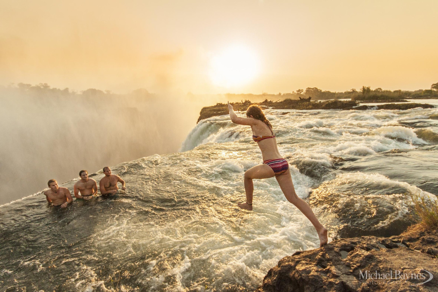 31 Breathtaking Natural Swimming Pools Around the World
