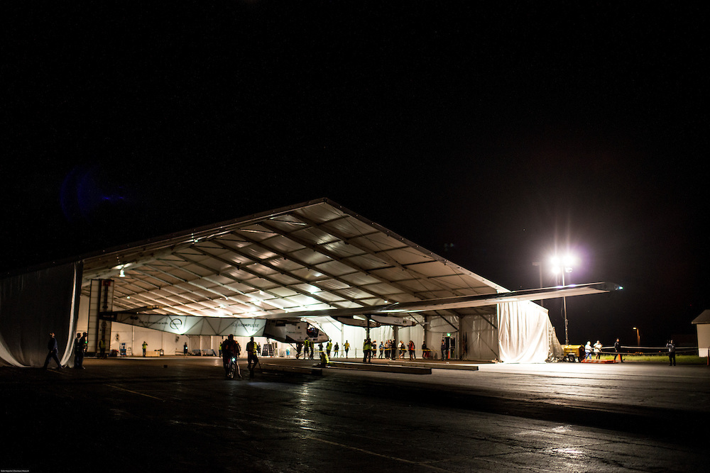 Solar Impulse takes off from Lehigh Valley to New York