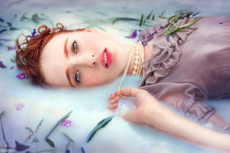 45 Steamy Milk Bath Portraits To Get Your Creativity Flowing (NSFW)