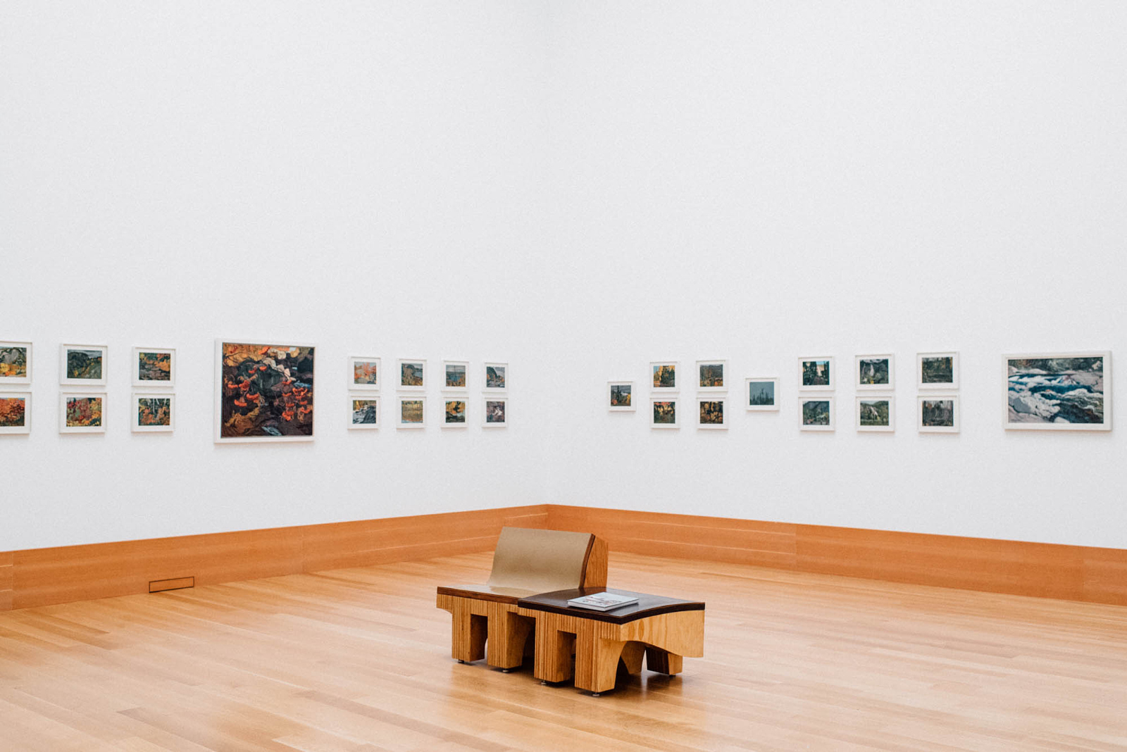 How to Respectfully Take Photos in Museums and Art Galleries