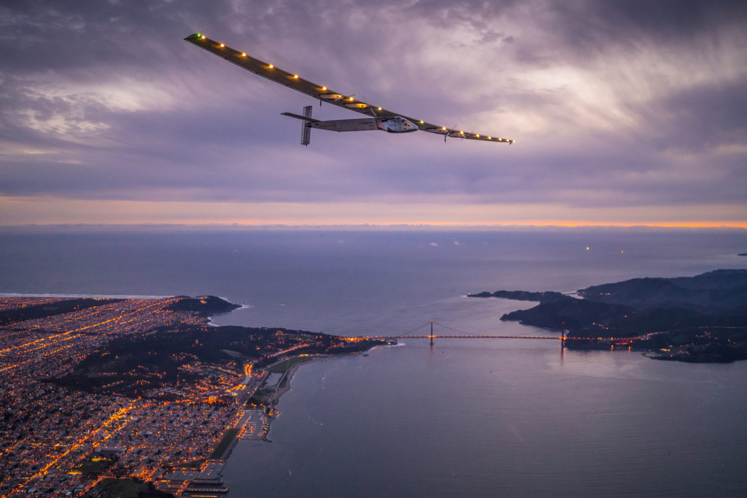 A Day in the Life of Solar Impulse Team, Flying Around the World With Zero Fuel