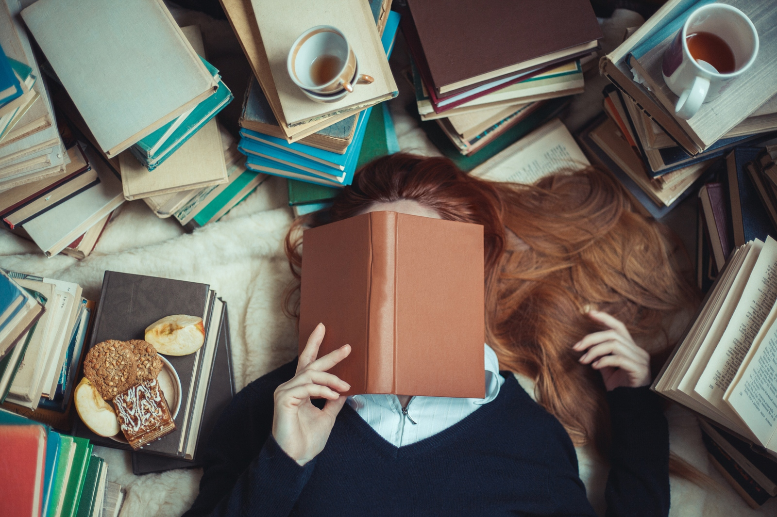 7 Must-Read Photography Books Recommended By 500px